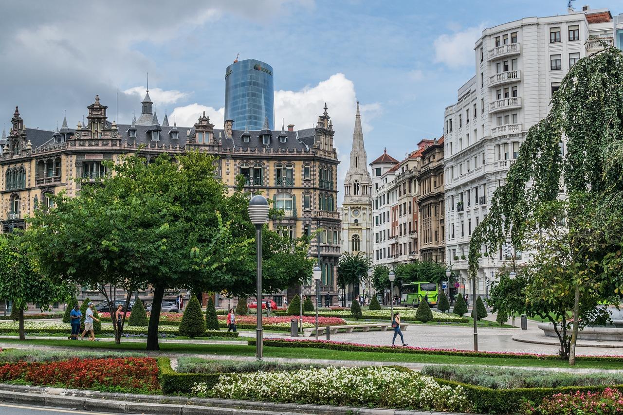 Kulturliebhaber freuen sich: Die Kunst-, Musik- und Literaturszene von Bilbao wagen | Gutscheincode oder Rabatt sichern!